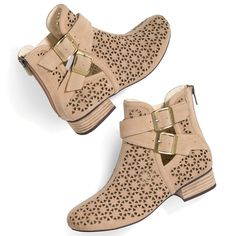 Just Perfect Boots - Wear them in Spring and into Summer! elizabeth.marra-chiodo@rogers.com 416-669-9217