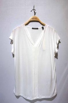 Camiseta #escolanomoda en #Segorbe o en la SHOP shop.escolanomoda.com