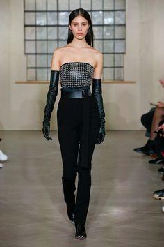 David Koma Fall 2018 Ready-to-Wear Fashion Show Collection