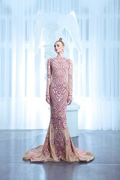 Nicolas Jebran-Spring-Summer 2015 Collection..OMG,Imagine this in fabric & embellishments that fits your wedding theme.Ask a dressmaker for ideas to achieve this special look.