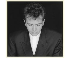 Peter Gabriel ... my favorite male voice, bar none.