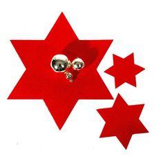 Rode kerst onderzetters 6 stuks  Rode ster onderzetter set van 6. Leuke kerst onderzetters in de vorm van een rode ster. Ongeveer 15 cm groot en per 6 stuks verpakt.  EUR 5.94  Meer informatie