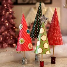 DIY: PAPER CHRISTMAS TREES