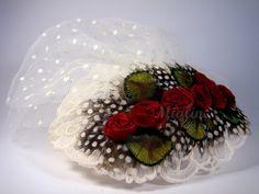 Fascinator Headpiece Tüll Samtrosen Braut von Mialine auf DaWanda.com
