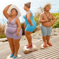 Lets go to the beach.Thats you in the purple. That's funny - .Lets go to the beach.Thats you in the purple. That's funny Sie sind an der richtigen Stelle für - Strauss Innovation, Clay People, Plus Size Art, Christmas Crafts For Adults, Fat Art, Paper Mache Crafts, Fat Women, Sculpture Clay, Bathing Beauties