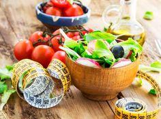 Die Max-Planck-Diät verspricht drastischen Gewichtsverlust - Wenig Kohlenhydrate, viel Eiweiß: Mit der Max-Planck-Diät sollen bis zu neun Kilogramm innerhalb von zwei Wochen purzeln. Wie funktioniert die Schlankheitskur und ist sie tatsächlich empfehlenswert?