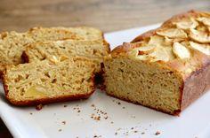 Ce gâteau léger pomme - avoine, réalisé avec de la farine de pois chiche et du son d'avoine, a un IG très bas et est idéal pour le petit déjeuner
