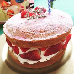 Victoria Sponge - The Purley Girly