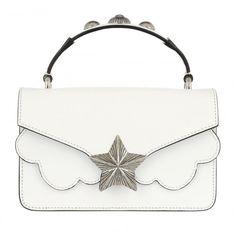 Pin auf Fashionette wears white