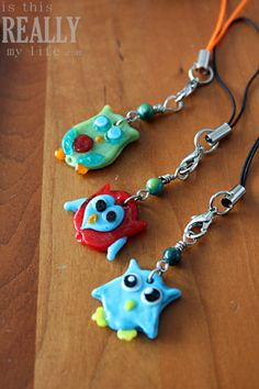 DIY owl cell phone charm tutorial. I got one of these. They're awesome.