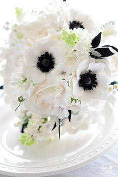 B wedding bouquet