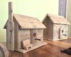 Wooden Bird Houses, Bird Houses Diy, Bird House Plans, Bird House Kits, Wood Projects, Woodworking Projects, Homemade Bird Houses, Bird House Feeder, Bird Feeders