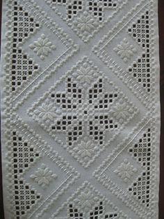 Hardanger Embroidery Resultado de imagen de white on white norwegian embroidery - Types Of Embroidery, Learn Embroidery, Hand Embroidery Stitches, Embroidery For Beginners, Vintage Embroidery, Embroidery Techniques, Embroidery Patterns, Cross Stitches, Loom Patterns
