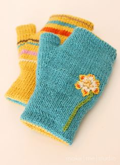 reversible fingerless mitts