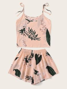 Shop Floral Print Cami Pajama Set at ROMWE, discover more fashion styles online. Cute Pajama Sets, Cute Pjs, Cute Pajamas, Cute Sleepwear, Cute Lazy Outfits, Pajama Outfits, Black Girl Fashion, Summer Fashion Outfits, Teenager Outfits