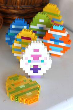 Make fun and simple LEGO Easter eggs this Spring! Use just basic bricks to build colorful LEGO Easter eggs perfect for an Easter STEM Activity with family. Easter Activities For Kids, Crafts For Kids, Holiday Activities, Spring Crafts, Holiday Crafts, Legos, Van Lego, Lego Challenge, Art Perle