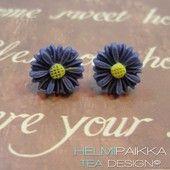 Violetit gerberakorvikset - Helmipaikka Oy - Joka päivä on korupäivä - Tea Design earrings