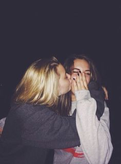 grunge two girls kissing - Google Search