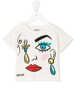 Shop Moschino Kids face print T-shirt . Latest Boys Fashion, Teen Girl Fashion, Cute Tshirts, Cool T Shirts, Vogue Nails, T Shirt Remake, Making Shirts, Edgy Look, Teenager Outfits