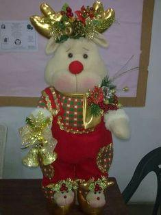 es hermoso Christmas Elf Doll, Christmas Door Wreaths, Primitive Christmas, Christmas Tree Toppers, Felt Christmas, Christmas Home, Christmas Stockings, Christmas Crafts, Christmas Decorations