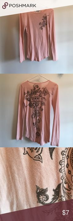 Sorapbook sz m junior Use a little fuzz but ok condition look thenpicture sorapbook Tops Tees - Long Sleeve
