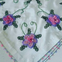 sefanuravci:: #igneoyasi #istanbul #tesbih #tesbihkutusu #ceyizlik #crochet #ribbon #ribbonembroidery #tutorial #diycrafts #amigurumi #roses #lovely #lovers #istanbul #ismek #handmade #art #artcrawl #artcraft  #turkey #photooftheday #picoftheday #diy #handmade #artcraft #artcrawl #lace #diycrafts #rihanna #ladygaga #dantelanglez #necklace #jewellery #tbt