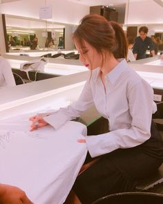 See the lovely updates from T-ara's JiYeon, Hyomin, and EunJung ~ T-ara World ~ 티아라
