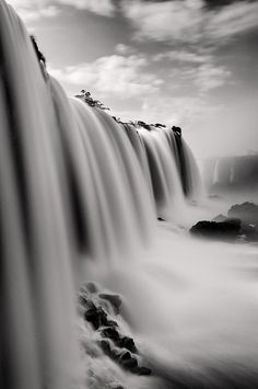 untitled by Nilton Ramos Quoirin on Flickr.  Via Flickr: Cataratas do Iguaçu, 03/11/2012