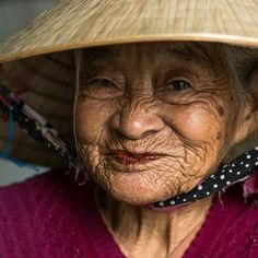 My World of Colours: Photo Raw Beauty, Ageless Beauty, Just Smile, Smile Face, Beautiful Old Woman, Beautiful People, Old Faces, Pictures Of People, Portraits