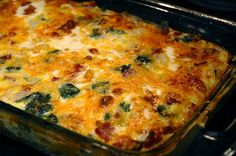 I know I've mentioned I like egg dishes before. But really, they never get old! And there's so many variations! Quiches! Stratas! Frittatas! Let us not forget, though, the mighty breakfast casserol...