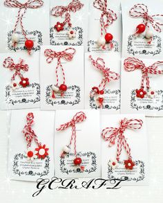 ръчно изработени мартеници Baba Marta, 8 Martie, Salt Dough, Quilling, Hair Bows, Origami, Diy And Crafts, Projects To Try, Handmade Jewelry