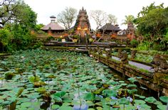 Pura Taman Kemuda Saraswati, Ubud, Bali|www.nusatrip.com/id/tiket-pesawat/ke/denpasar_DPS #nusatrip #travel #travelingideas #Holiday #bali #ubud #indonesia #pura #destination #tiketpesawat #onlinetravelagency