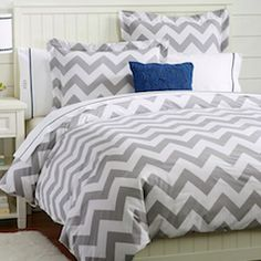 love chevron print! especially when it is grey!