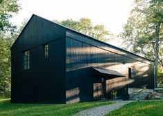 """""""Who better than the farmer and the farmer's family to know how most effectively and easily to find efficiency?"""" says architect Alan Barlis. Regional architecture inspired the barn-life structure of the house, an open volume that aides in efficient heating and cooling of the space."""