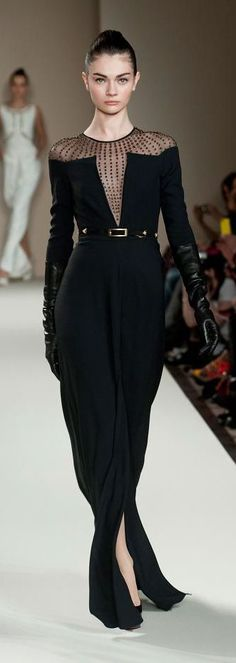 With Hitchcock's Tippi Hedren in mind, Temperley London's Fall 2013 collection