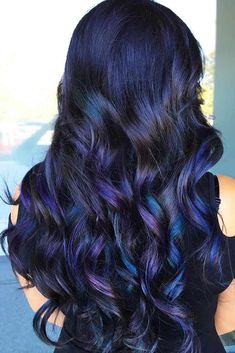 35 Tasteful Blue Black Hair Color Ideas To Try In Any Season Magical Blue & Violet Highlights ❤️ Want to pull off blue black hair? Dark blue balayage for long hair, jet black hair color with midnight blue highlights for medium length, New Hair Colors, Cool Hair Color, Oil Slick Hair Color, Blue Black Hair Color, Dark Blue, Dark Ombre, Violet Black Hair, Hair Color Ideas For Black Hair, Girls With Black Hair