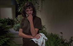 Uma Thurman as Mia Wallace, Pulp Fiction dir. Quentin Tarantino, Film Pulp Fiction, Non Plus Ultra, Mia Wallace, Roger Taylor, Movie Shots, Uma Thurman, Film Inspiration, Star Wars