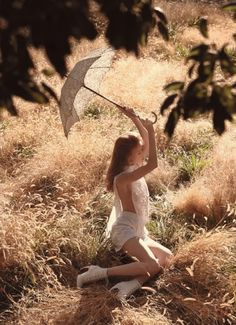 """Julia Hafström in """"Mid-Summer Stroll"""" for Vogue China May 2014 by Camilla Åkrans High Fashion Photography, Photography Poses Women, Portrait Photography, Nature Photography, Lund, Champs, Picnic At Hanging Rock, Outdoor Girls, Editorial"""