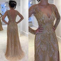 Maravilhosaaa!!! Detalhes deste vestido lindo!! ✨❤ #atelierisabellanarchi #isabellanarchicouture #byisabellanarchi @laianecapistrano ❤❤❤