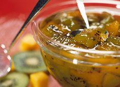 Confiture de kiwis et mangues Punch Bowls, Food Inspiration, Pudding, Liqueurs, Desserts, Kitchen, Pains, Yogurt, Mango Jam