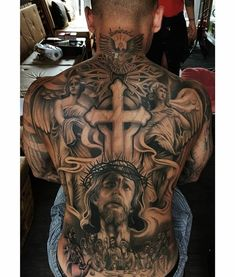 The 90 Best Back Tattoos [Femininas e Masculinas] Cross Tattoo Designs, Tattoo Sleeve Designs, Sleeve Tattoos, Religion Tattoos, Backpiece Tattoo, Tattoo Henna, Back Tattoos For Guys, Full Back Tattoos, Back Tattoo Men