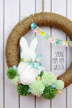 Osterkranz Ideen, Osterkranz, Osterkranz basteln, Osterbastelideen, Ostern DIY B… Diy Spring Wreath, Diy Wreath, Spring Crafts, Wreath Ideas, Wood Wreath, Grapevine Wreath, Spring Wreaths For Front Door Diy, Snowman Wreath, Pom Pom Wreath