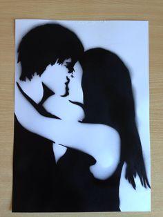 Kiss stencil