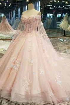 Pretty Quinceanera Dresses, Pretty Prom Dresses, Pink Wedding Dresses, Beautiful Dresses, Elegant Dresses, Dress Wedding, Wedding Navy, Fantasy Wedding Dresses, Amazing Dresses