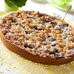 Placek ze śliwkami i budyniem - na dobry początek dnia Carbonara Recept, Stroh Rum, Pasta, Tutti Frutti, Empanadas, Banana Bread, Food And Drink, Pie, Kitchens