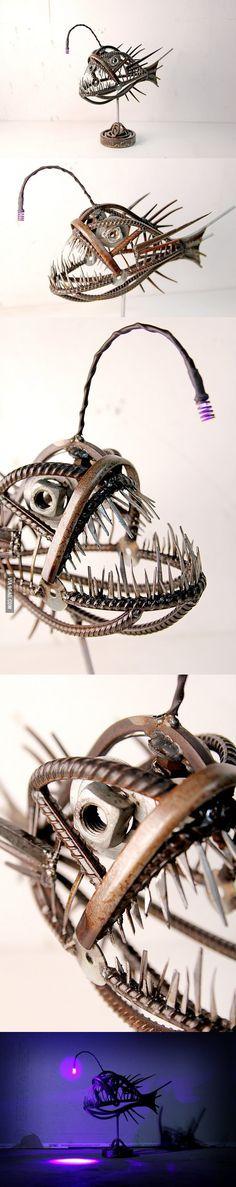 Angler Fish Metal Sculpture not art i would hope to own but i appreciate it Sculpture Metal, Fish Sculpture, Metal Tree Wall Art, Scrap Metal Art, Metal Projects, Metal Crafts, Art En Acier, Metal Fish, Angler Fish