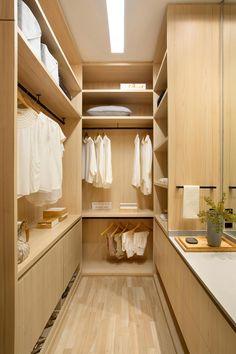 Luxury Homes Interior, Interior Exterior, Luxury Apartments, Interior Design, Wardrobe Room, Room Closet, Walk In Closet Design, Closet Designs, Minimalist Home Interior
