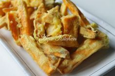 Azie Kitchen: Kaki Ayam aka Ubi Keledek Goreng
