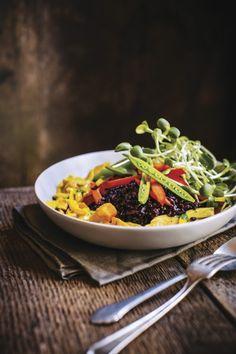 Brendan Brazier's nutritious gluten-free peanut rice bowl recipe | The Living Well Blog