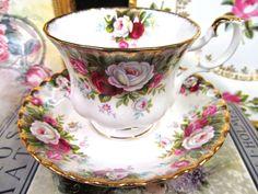 ROYAL ALBERT TEA CUP AND SAUCER CELEBRATION ROSES PATTERN TEACUP GOLD GILT | eBay